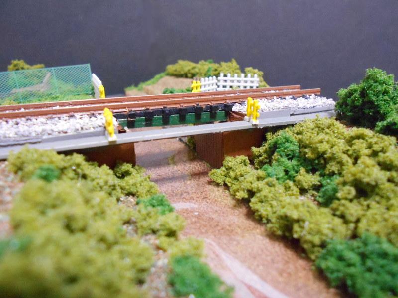 ワンショットジオラマ・玉川上水と西武線・鷹の台駅-2116