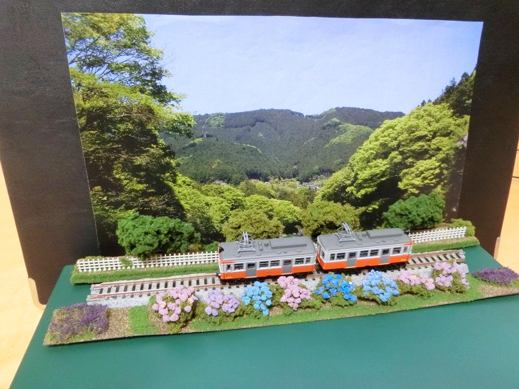 線路に沿えるお手軽ジオラマ直線編・2020春-1109
