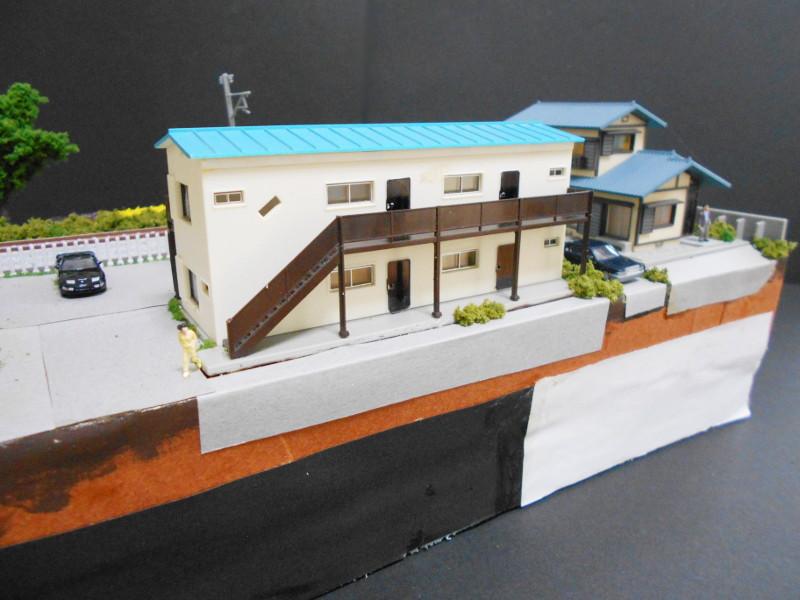 単線ミニモジュールレイアウト・アパートのある風景-2108