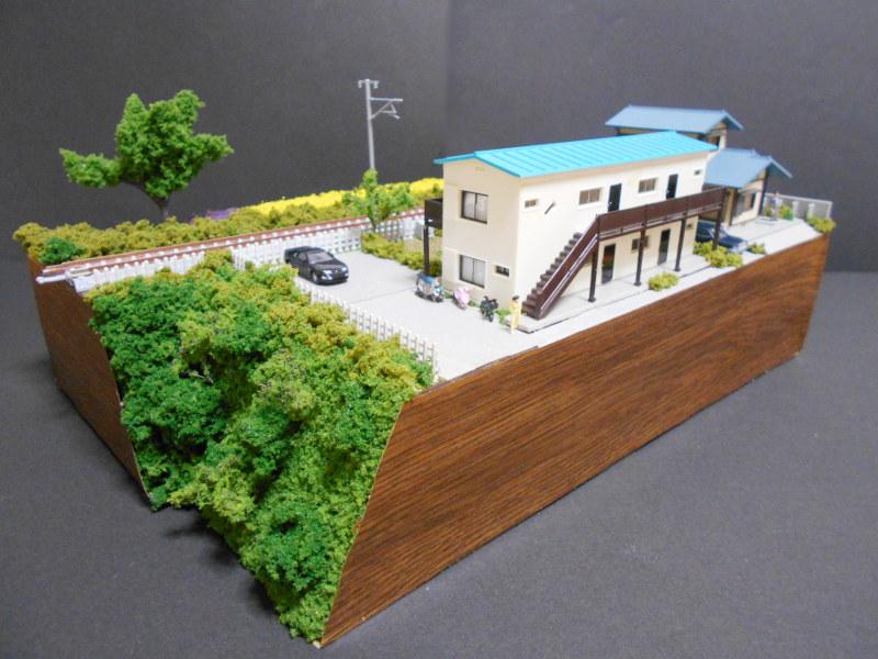 単線ミニモジュールレイアウト・アパートのある風景-2110
