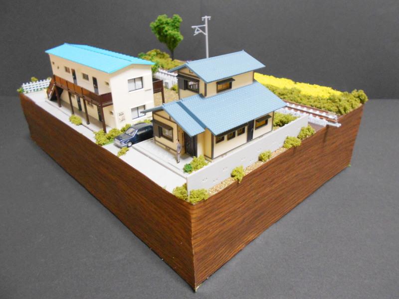 単線ミニモジュールレイアウト・アパートのある風景-2112