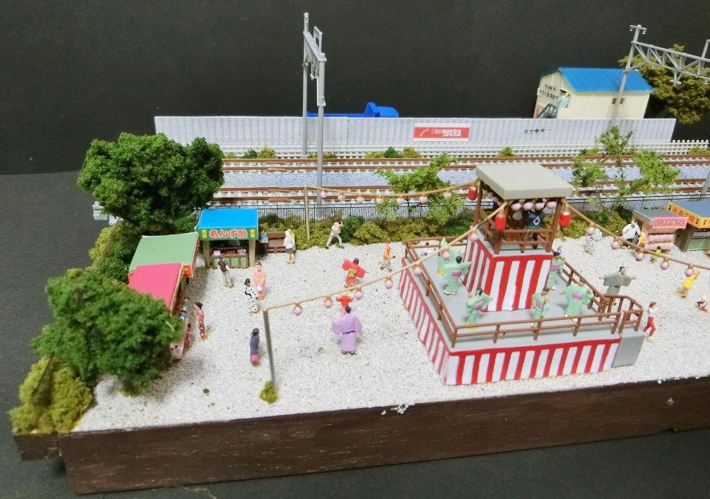 複線ミニレイアウト・夏の盆踊り-1109