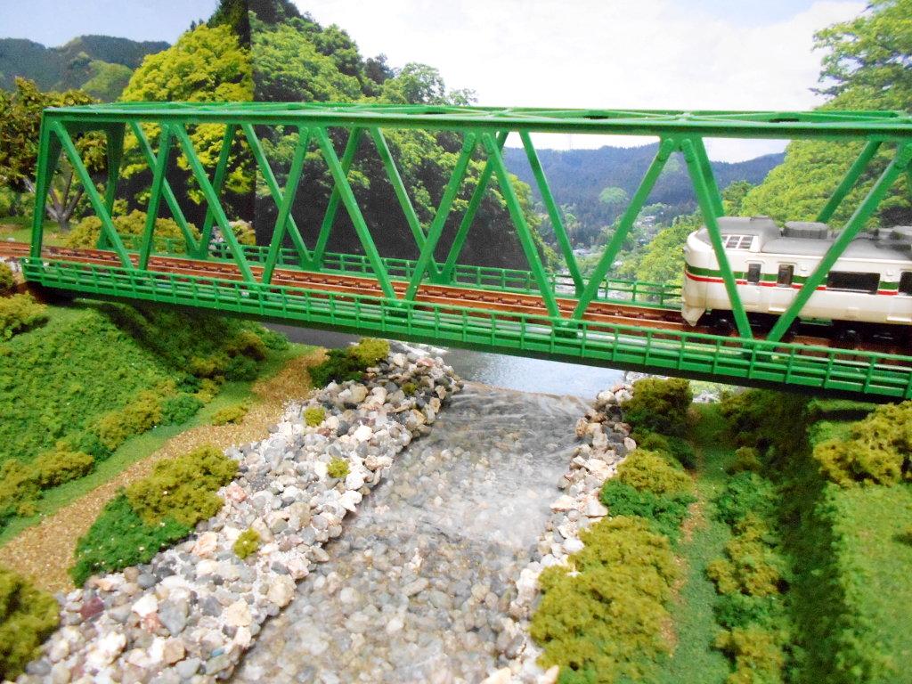 単モジ・鉄橋のある風景-1001