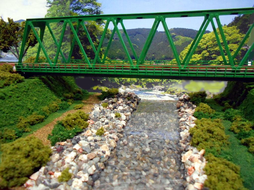 単線ミニモジュールレイアウト・鉄橋のある風景-1015