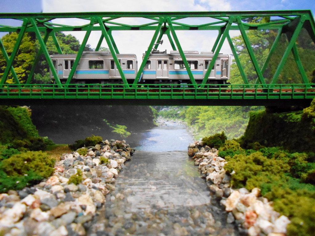 単線ミニモジュールレイアウト・鉄橋のある風景-1016