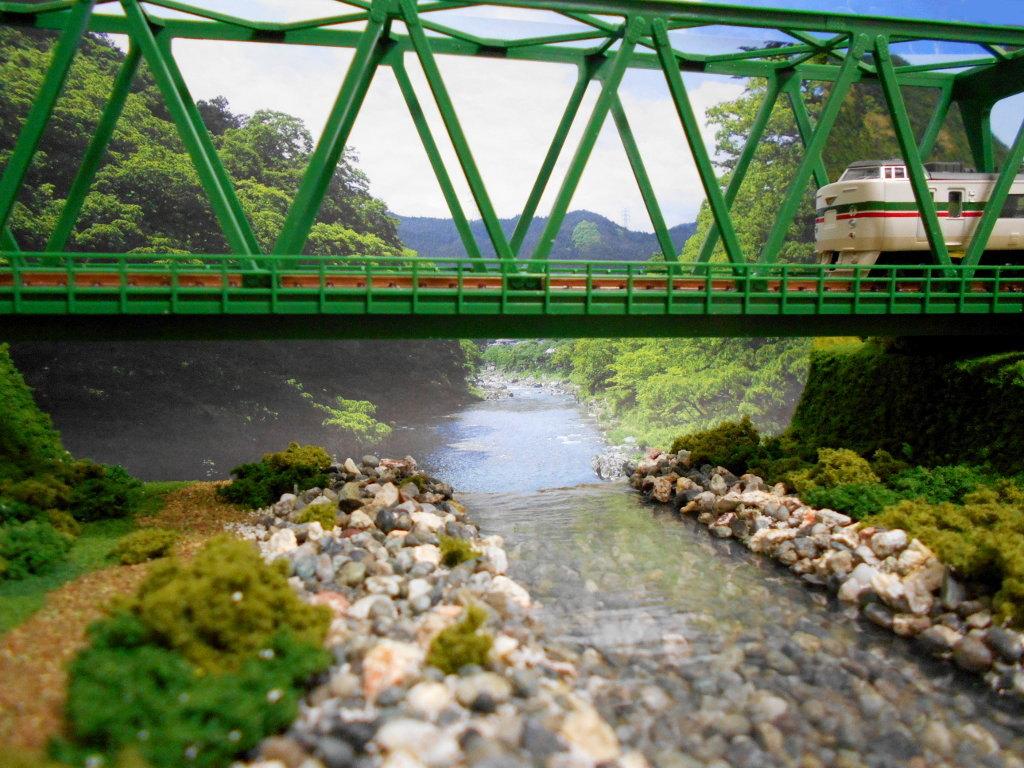 単線ミニモジュールレイアウト・鉄橋のある風景-1017