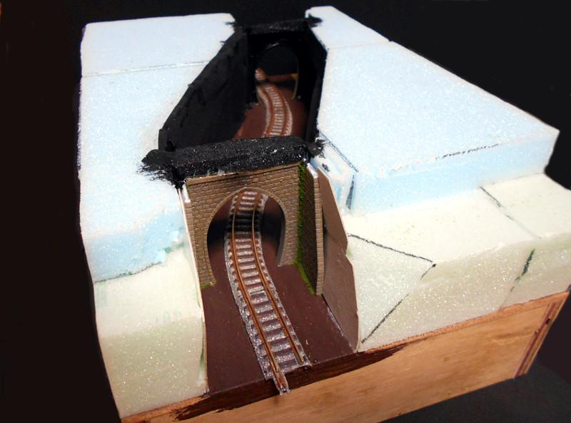 単線ミニモジュールレイアウト・S字トンネル-1207
