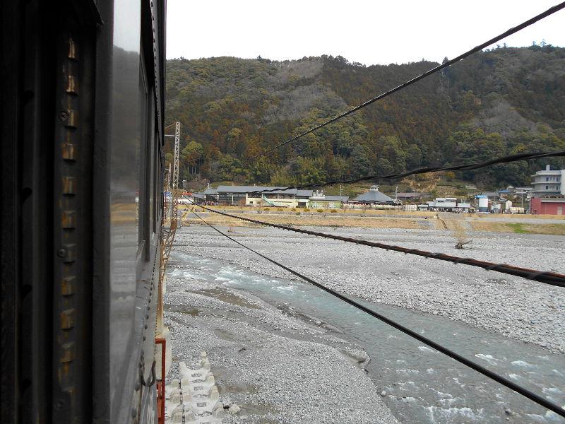 静岡・大井川鐵道のSL・車窓の風景2016-1413