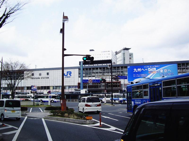 岡山・路面電車くろ2013-3001