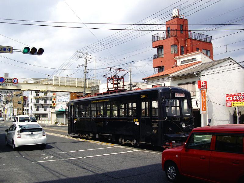 岡山電気軌道2013・MOMOとくろ-2003