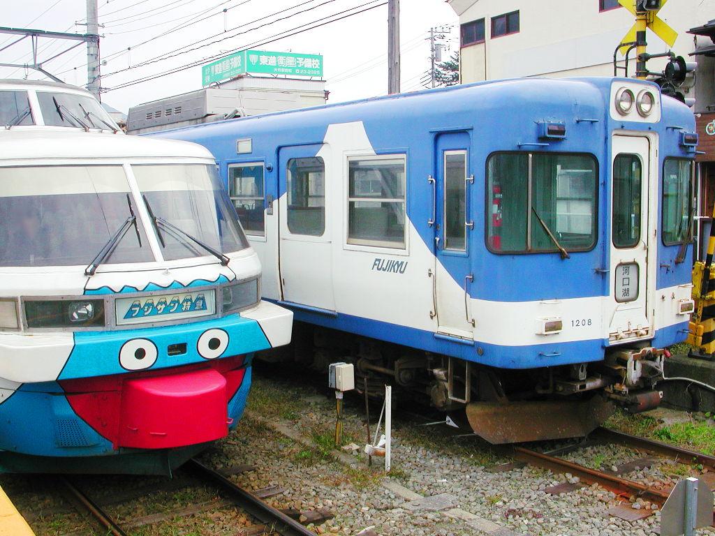富士急の電車たち2011-7113