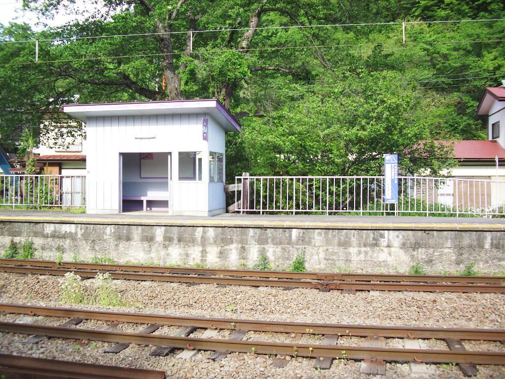 富士急行・田野倉駅2011-7012