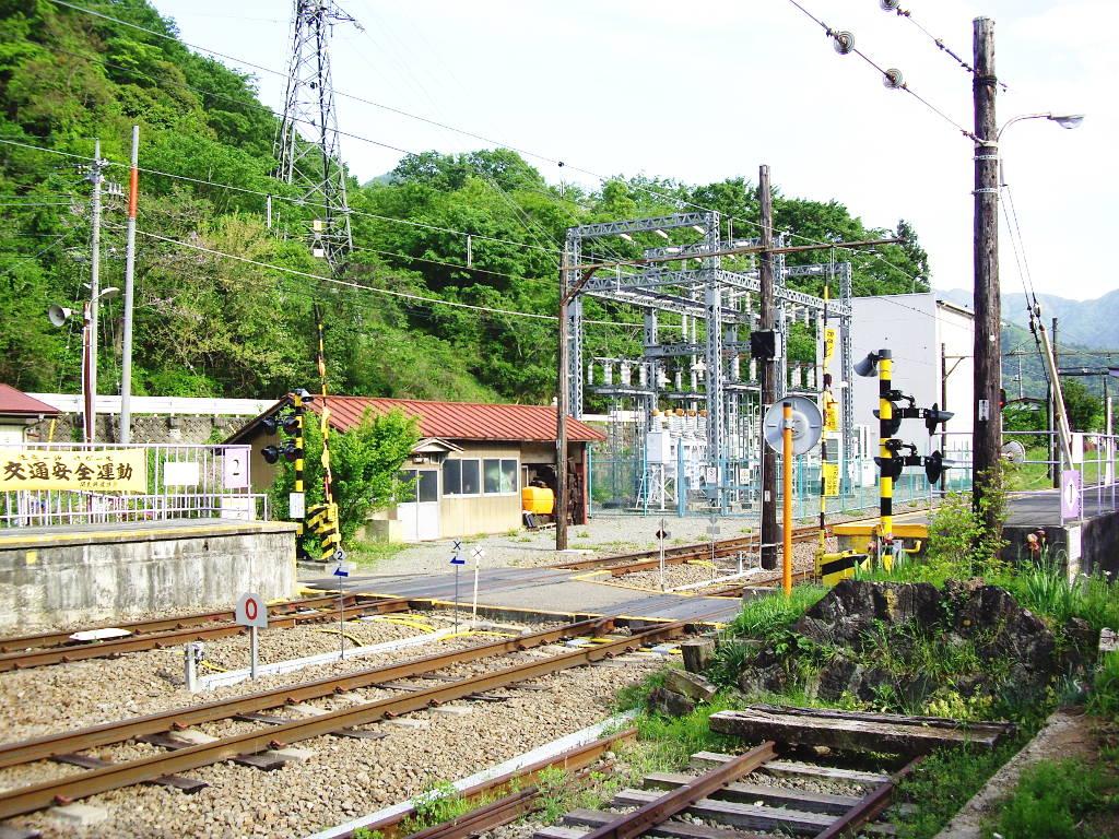 富士急行・田野倉駅2011-7020