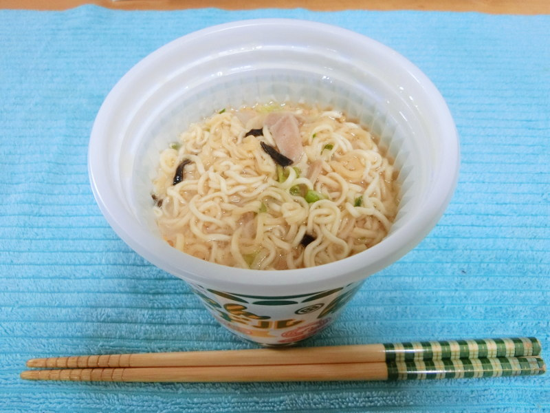 徳島・金ちゃんヌードルとんこつ味2018-1305