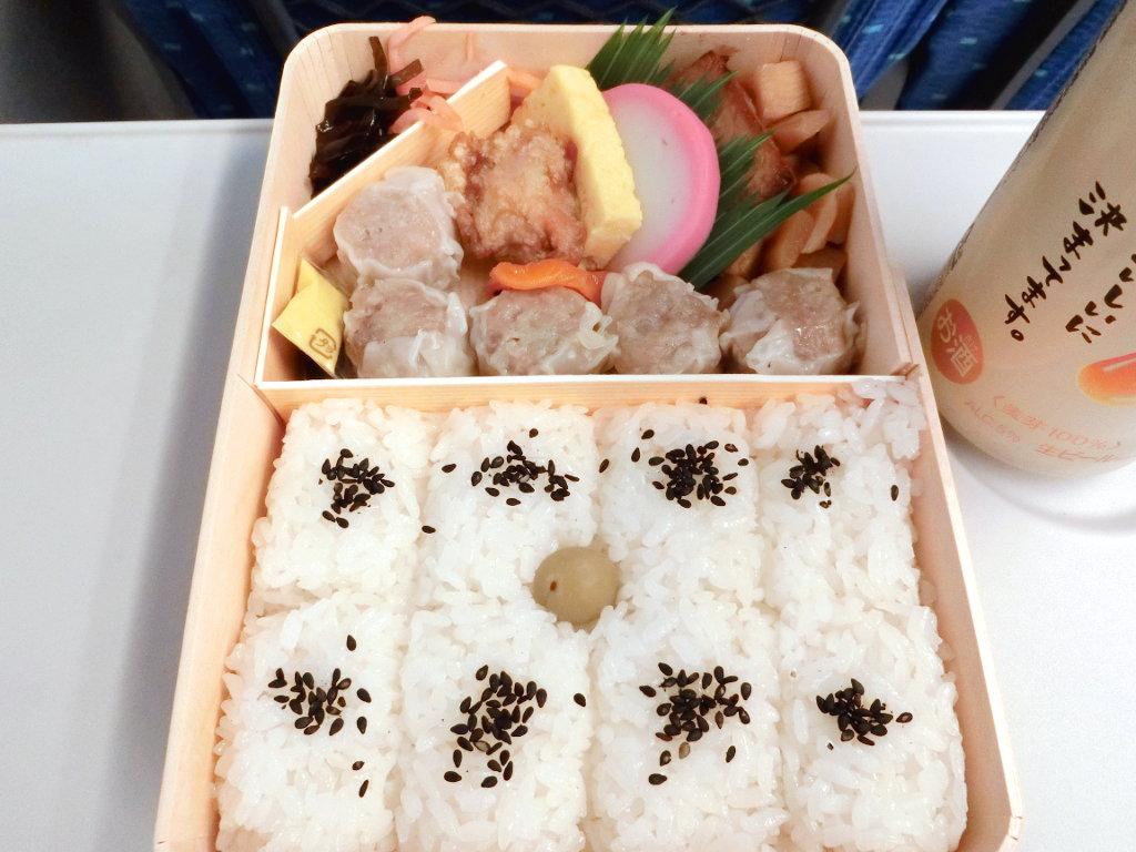 横浜・崎陽軒のシウマイチリとシウマイ麻婆・2020春-1003