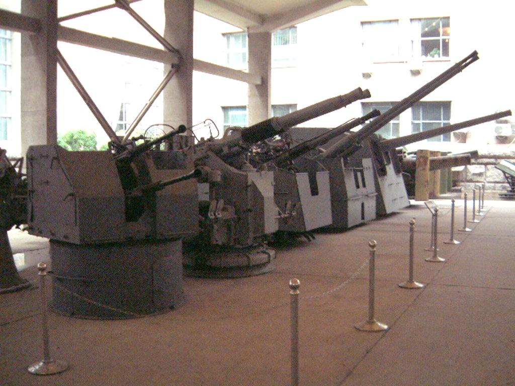 ユーラシア大陸鉄道横断旅行 Go West!1996その32・北京・軍事博物館とシベリア特急-3205