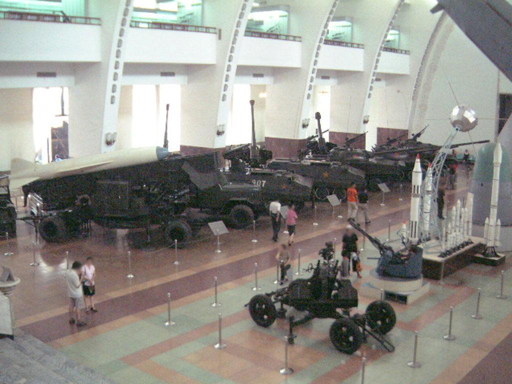ユーラシア大陸鉄道横断旅行 Go West!1996その32・北京・軍事博物館とシベリア特急-3206