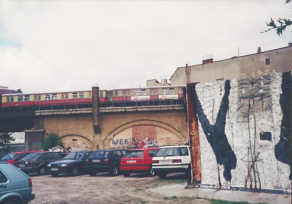 ユーラシア大陸鉄道横断旅行 Go West!1996その43・ベルリン・ベルリンの壁とミトローパ-4315