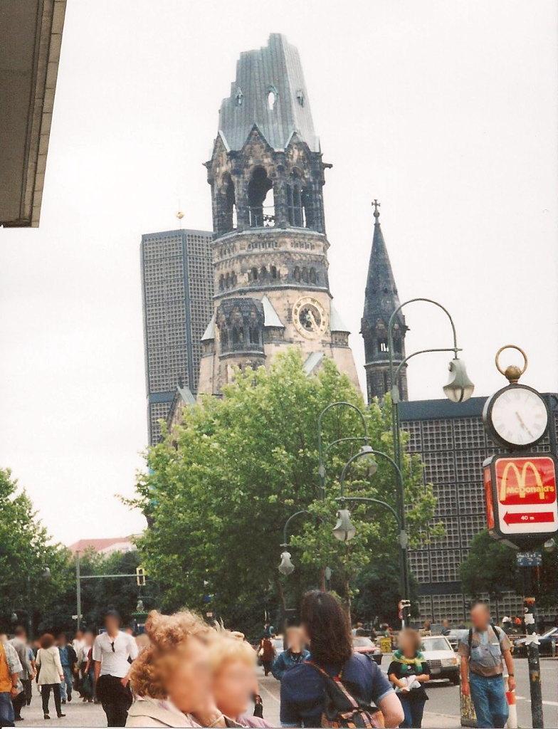 ユーラシア大陸鉄道横断旅行 Go West!1996その43・ベルリン・ベルリンの壁とミトローパ-4323