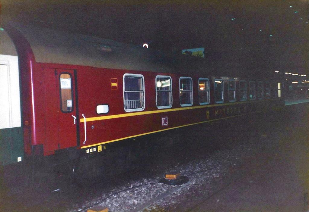 ユーラシア大陸鉄道横断旅行 Go West!1996その43・ベルリン・ベルリンの壁とミトローパ-4327