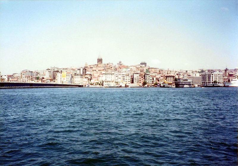 ユーラシア大陸鉄道横断旅行 Go West!1996その78・イスタンブール・新市街とボスポラス海峡-7801