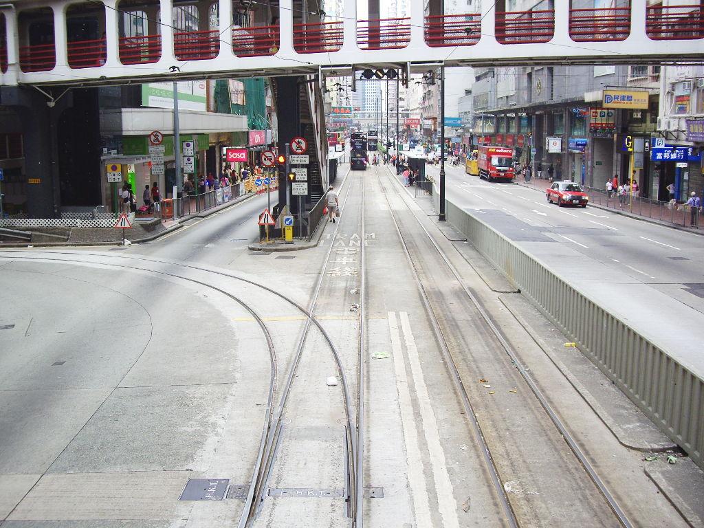 香港・小心地滑友の会 その2・春秧街の二階建てトラム2007夏-0205