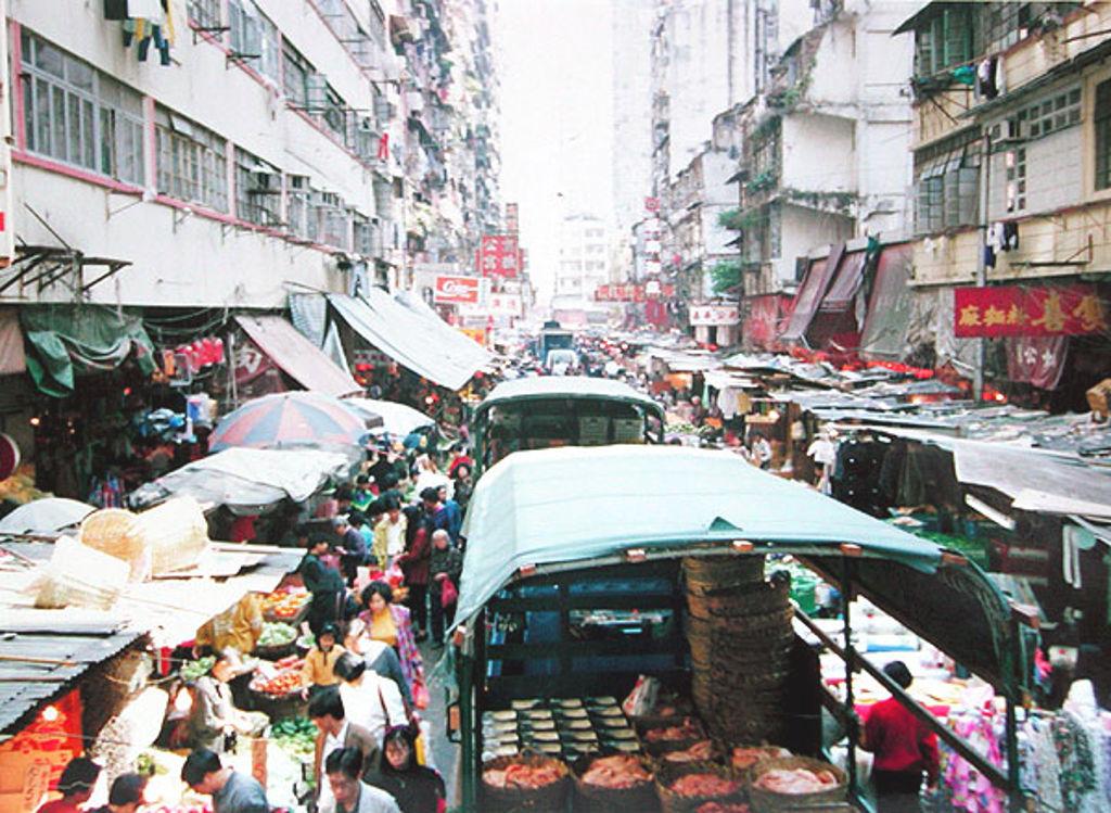 香港・小心地滑友の会 その2・春秧街の二階建てトラム2007夏-0210