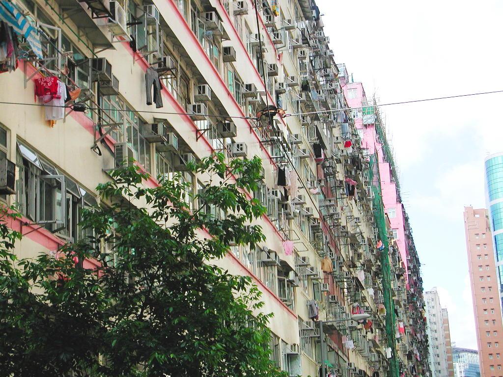 香港・小心地滑友の会 その2・春秧街の二階建てトラム2007夏-0214