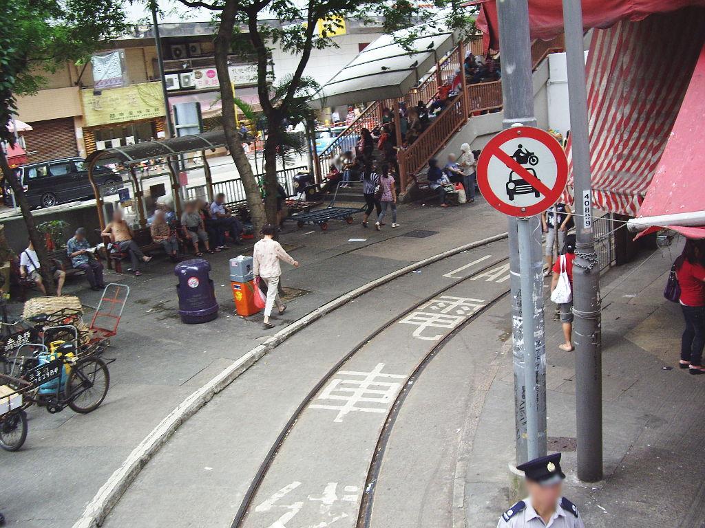 香港・小心地滑友の会 その2・春秧街の二階建てトラム2007夏-0222