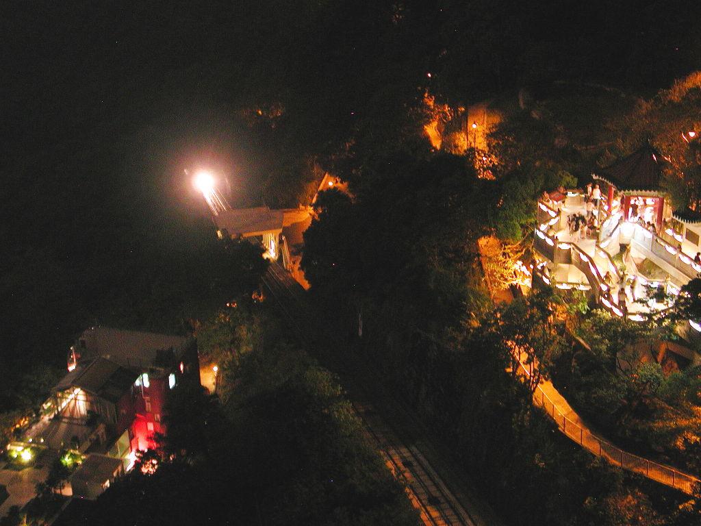 香港・小心地滑友の会 その3・ピークトラム(山頂)と夜景2008秋-0310