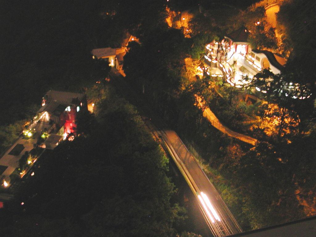 香港・小心地滑友の会 その3・ピークトラム(山頂)と夜景2008秋-0312