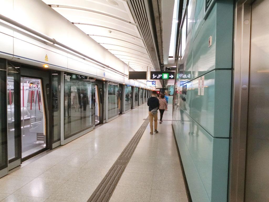 香港・小心地滑友の会 その18・地下鉄新線探検・南港島綫2018春-1809