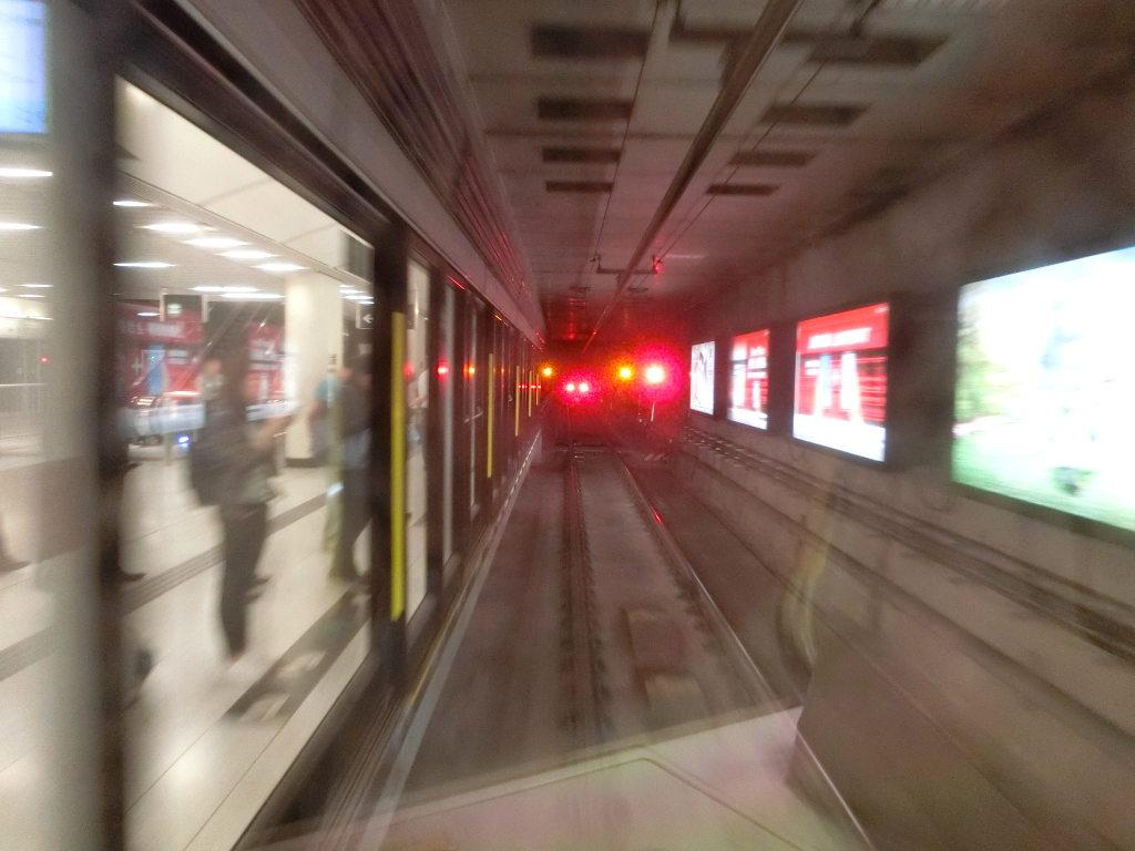 香港・小心地滑友の会 その18・地下鉄新線探検・南港島綫2018春-1848