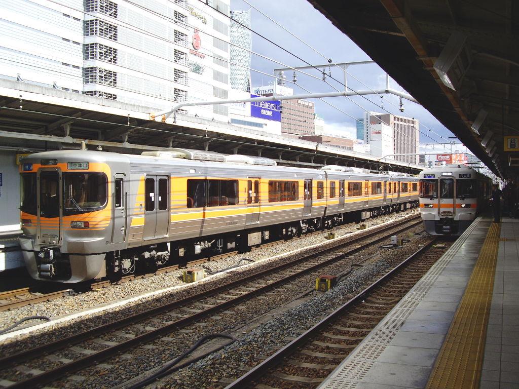 奈良・春の嵐と関西線2013その2-7218