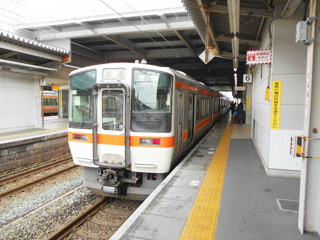 奈良・春の嵐と関西線2013その2-7219