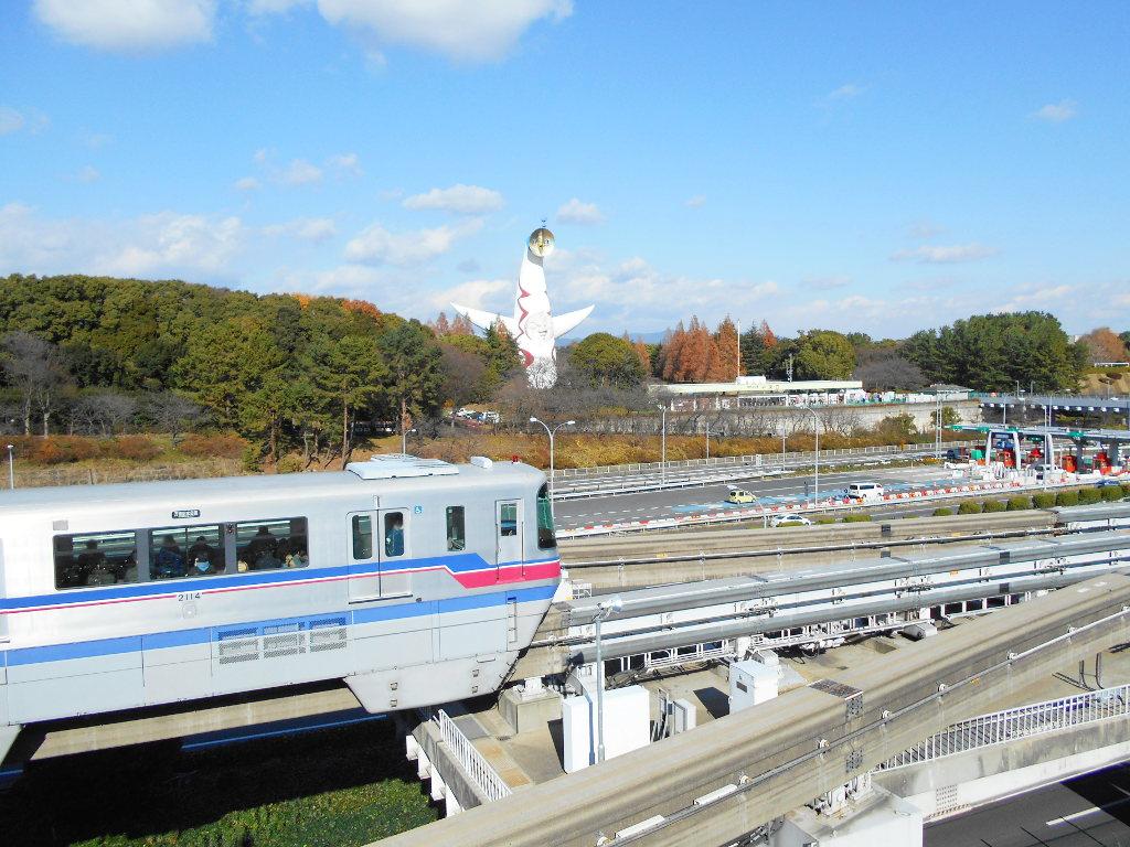 大阪・万博記念公園の太陽の塔2014冬-8001