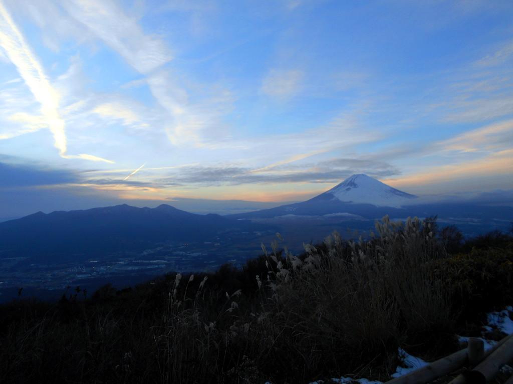 箱根・芦ノ湖ドライブ2016秋その5・夕暮れの富士山-4505