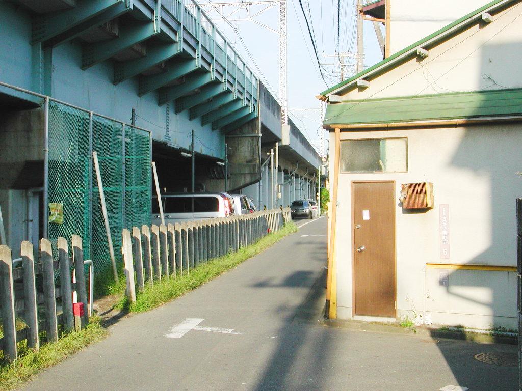 東京・西荻窪の東京外郭環状架道橋2006秋-1006