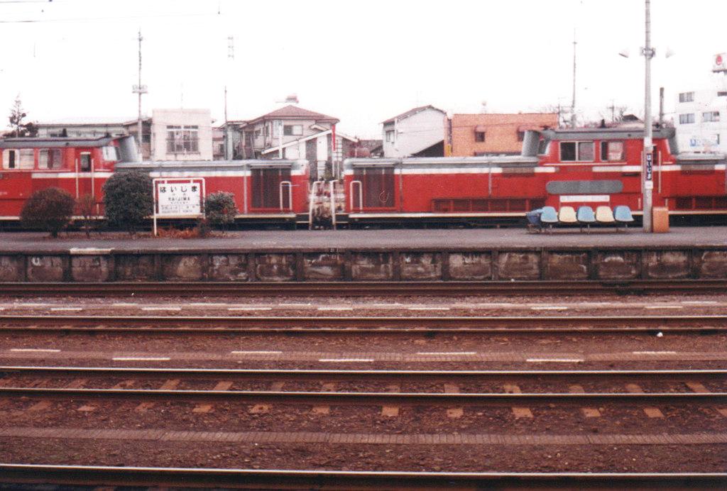 八高線拝島駅1986-3002