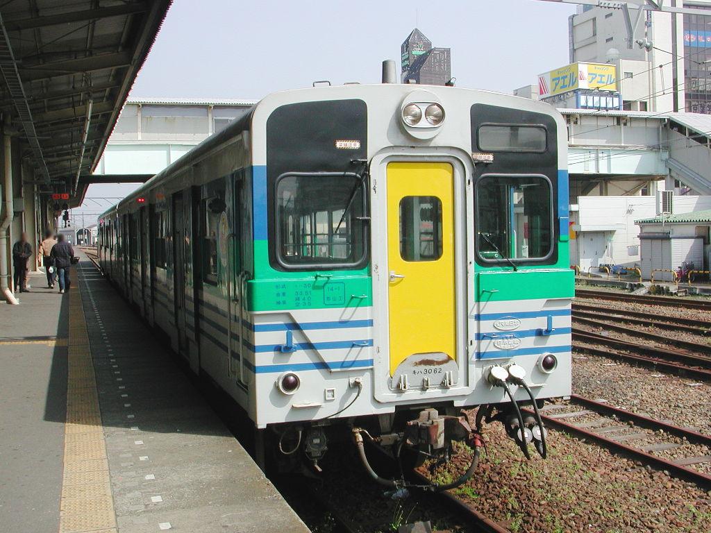 房総・菜の花と久留里線2007-4104
