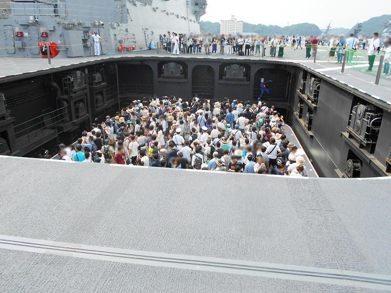 よこすかYYのりものフェスタ2015その2・護衛艦いずも-1626