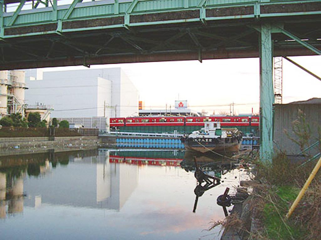 京浜急行大師線・リバーサイドハツモーデ2011新春-1217