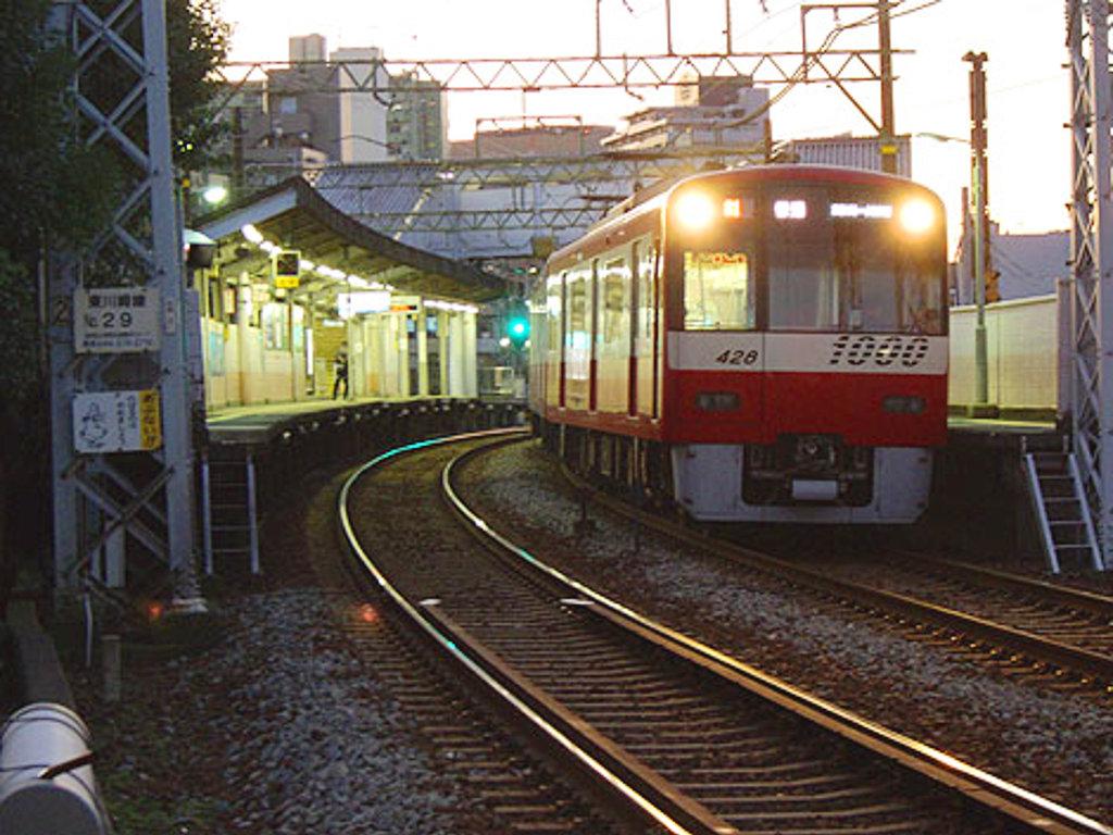 京浜急行大師線・リバーサイドハツモーデ2011新春-1222