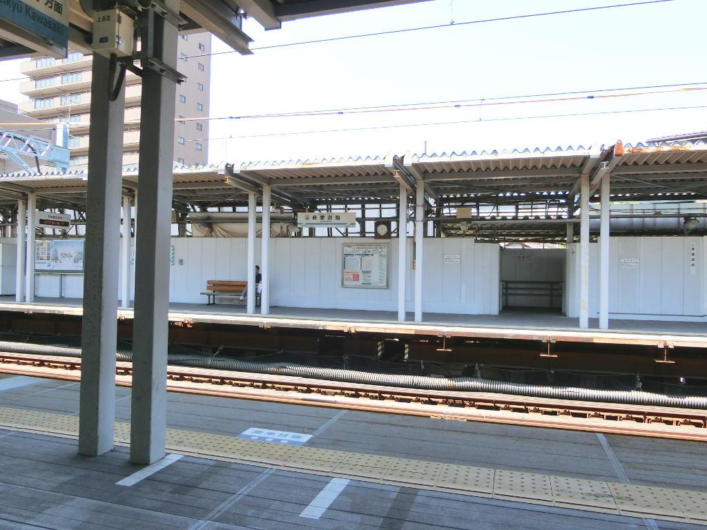 京浜急行大師線を歩く。その2・産業道路駅2018夏-1206