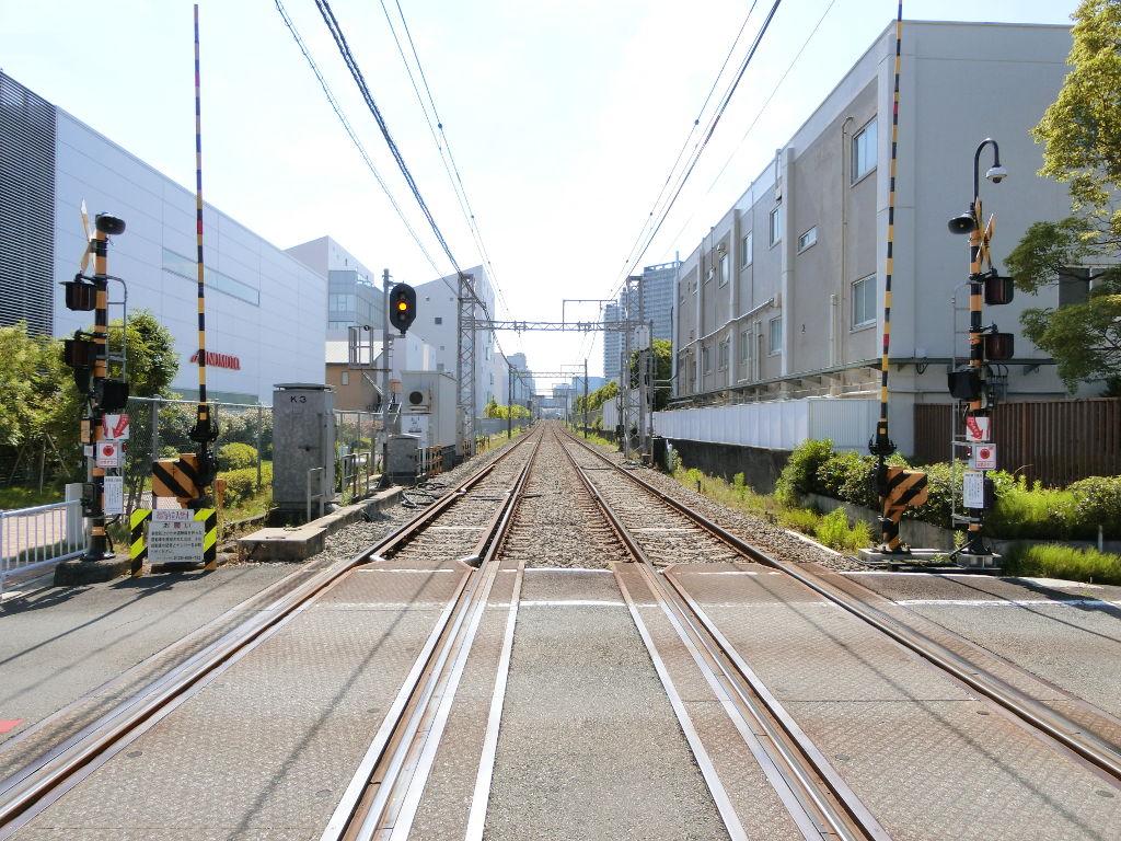 京浜急行大師線を歩く。その4・鈴木町駅2018夏-1407