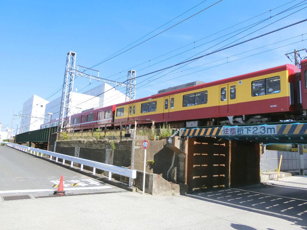 京浜急行大師線を歩く。その4・鈴木町駅2018夏-1414