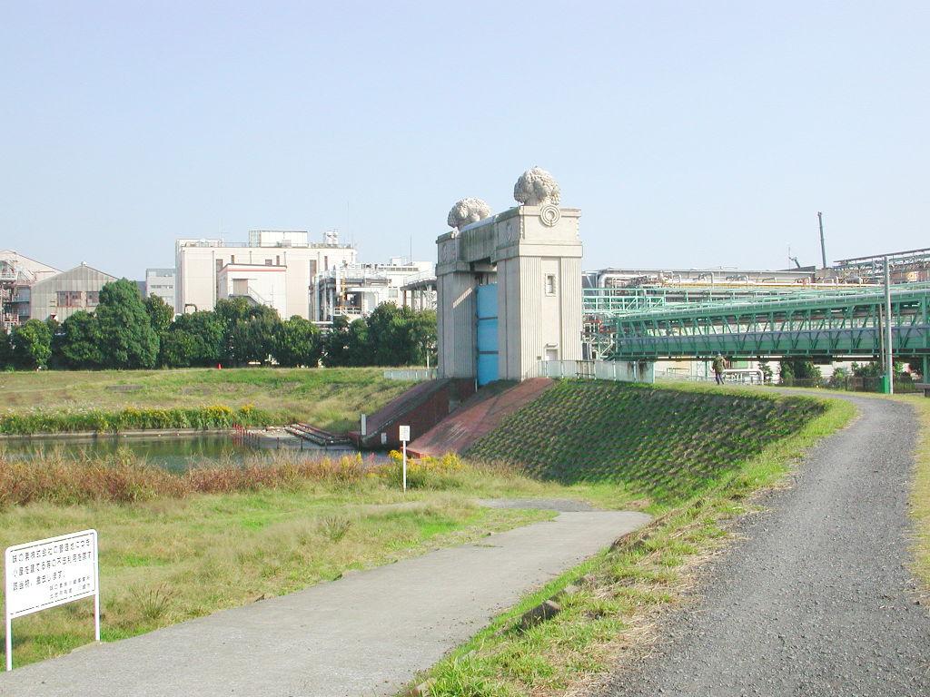 京浜急行大師線を歩く。その4・鈴木町駅2018夏-1415
