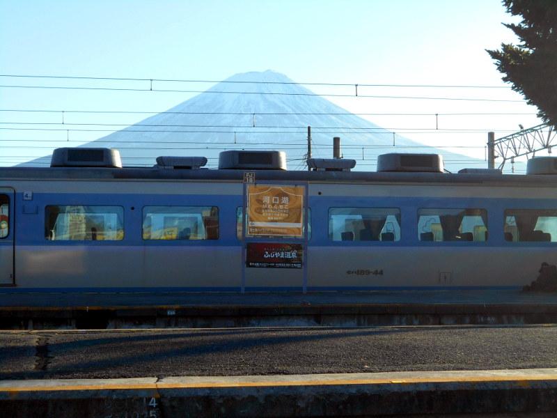河口湖駅2015-7109