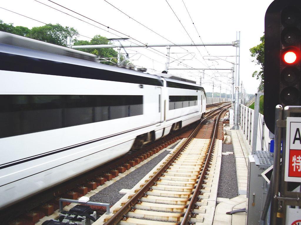 京成・成田スカイアクセス2011-1016