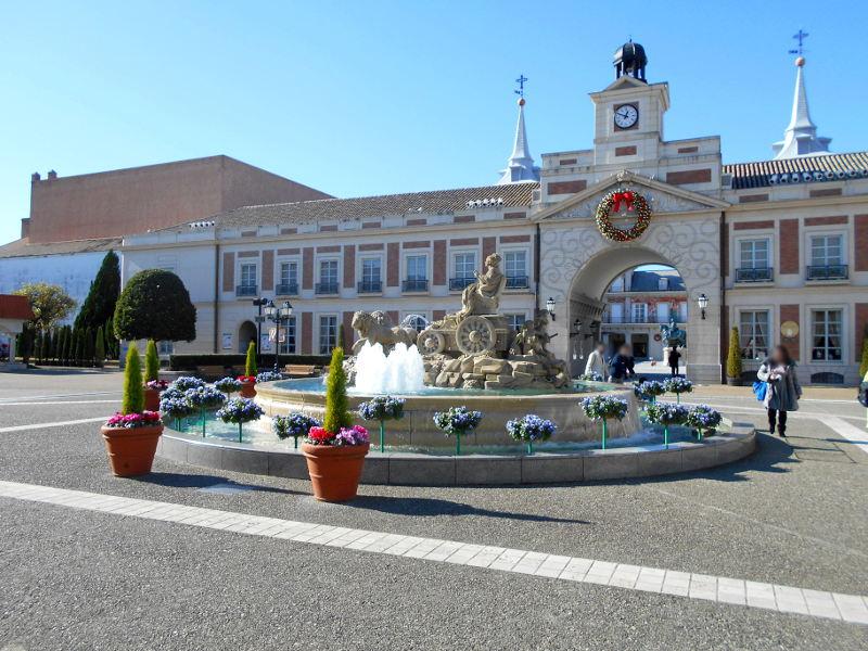 近鉄特急「しまかぜ」と志摩スペイン村2015-02-2219
